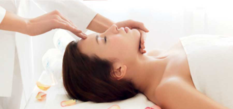 Rose Crystal Lymphatic Facial
